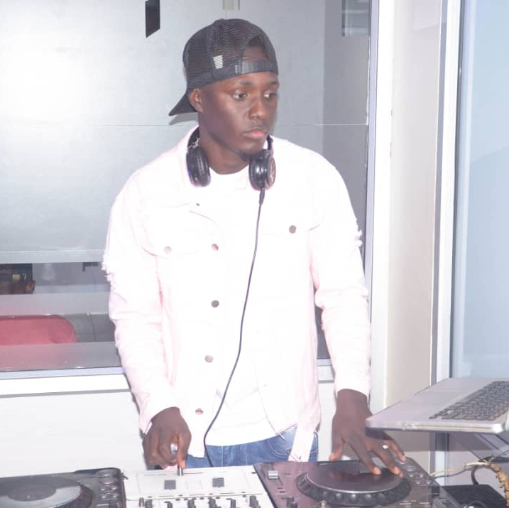 Dj Mark Mr Scratch audios, songs on eachamps