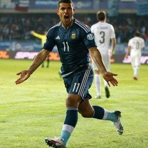 Sergio-Aguero-scores-Winner-to-move-Argentina-to-top-of-group-B