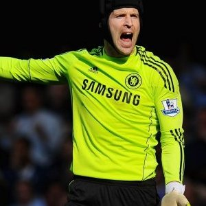 Petr-Cech-to-meet-with-Chelsea-officials--over-his-future-at-the-club